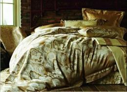 Постельное белье Famille Тенсель-жаккард с гипюром арт. TJ-13 евро 4 наволочки