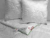 Одеяло Экотекс Бамбук сатин всесезонное 1,5-спальное 140х205 см